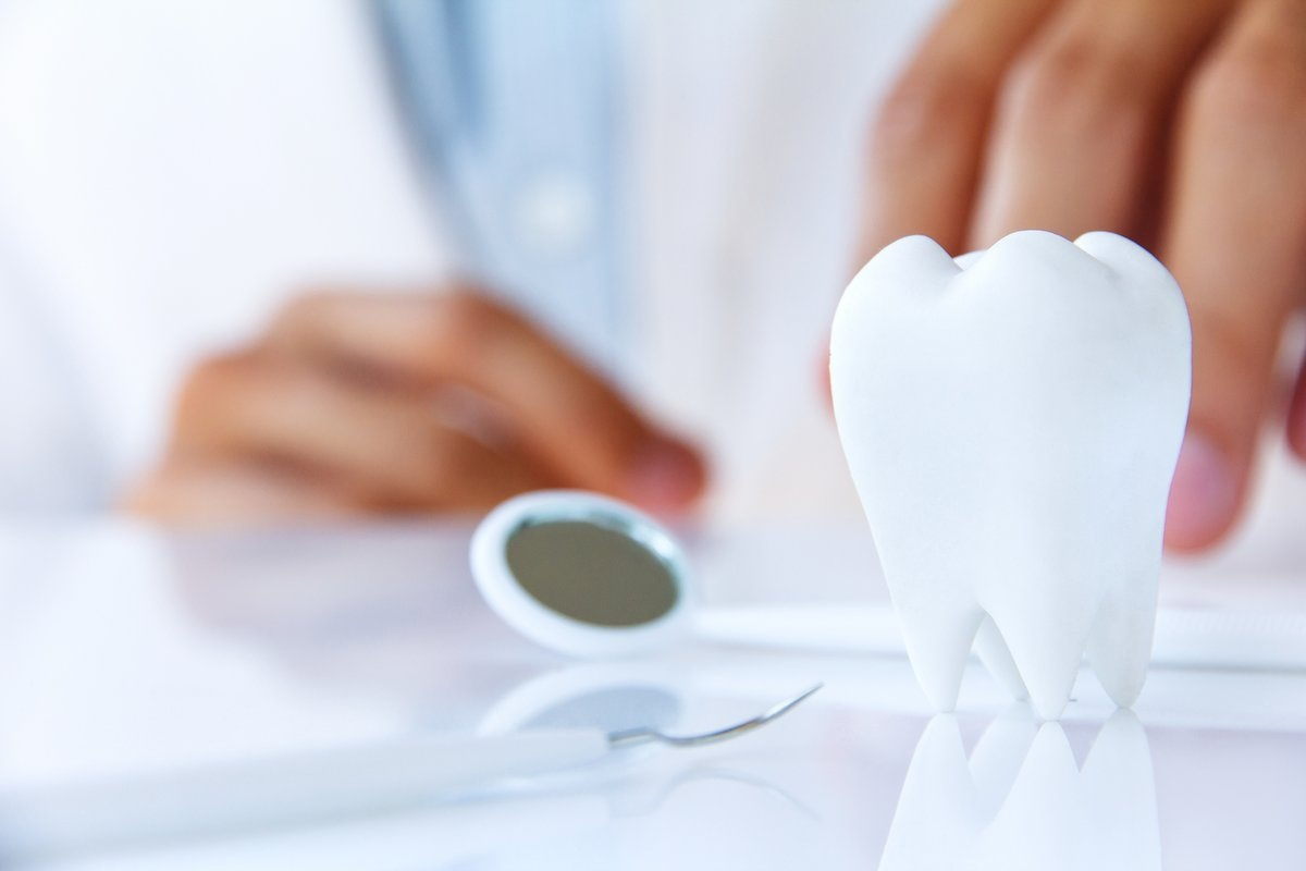 How you can Easily Afford Teeth Implants